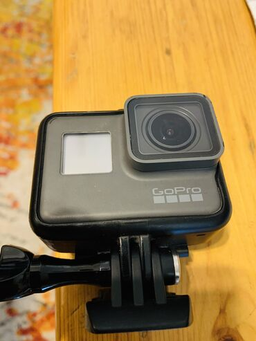 GoPro Hero 6 BlackLike new condition. No scratches. Great for
