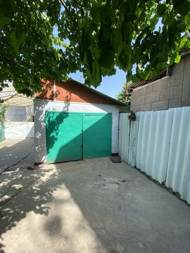 дом из сруба бишкек цена в Кыргызстан: 120 кв. м 6 комнат, Забор, огорожен