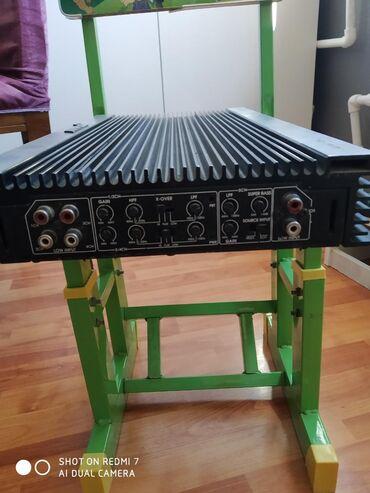 Ses guclendirici Ampex 3000watt. 4+1 kanal.4kanal ve elave sabwoofer