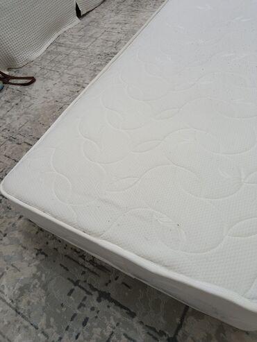 Почти новые, складная кровать, длина 190 см, матрац ортопедическая