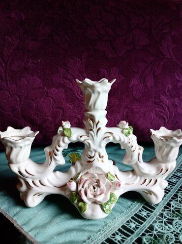 Porcelan - Srbija: Svecnjak nov,stari porcelan. Najvisi deo. 15cm. Najnizi