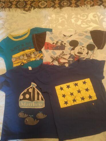Продаю детскии футболочки . Возраст с 11мес до 2л