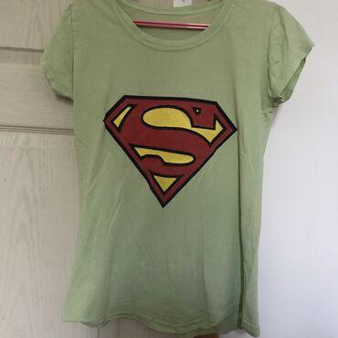 Majice na veliko - Srbija: Majica kratkih rukavaPastelno zelena majica kratkih rukava Veličina
