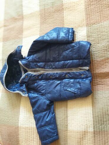 baby care в Кыргызстан: Куртка фирменная Деми с 12мес до 2,5года. Качество отличное. 800с
