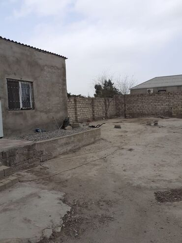 bag evi - Azərbaycan: Satılır 3 sot heyetin içində 2otaq bağ evi sened belediye sənədi