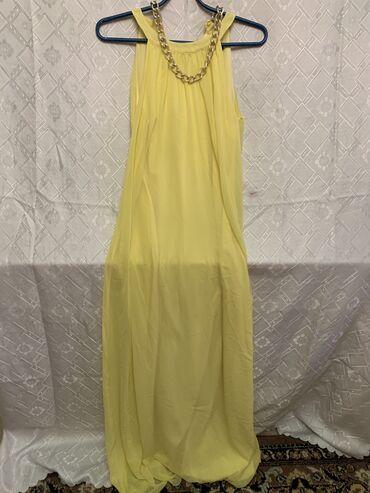 Эффектное шёлковое платье . Размер 38- . Фирма Jeanne Darc