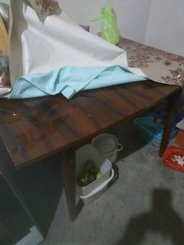продам кухонный стол in Кыргызстан | СТОЛЫ: Продаётся стол кухонный. Целый. Прочный. Размер высота 77см, ширина 80