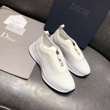 Новые люксовые кроссовки Dior. Размер подойдёт на 38 или 39. Только лю