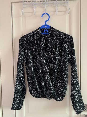 Продаю красивую блузу. в Баетов