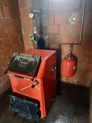Grejanje - Srbija: Prodajem kotao na čvrsto gorivo Termomont 30kW. Uz kotao dajem