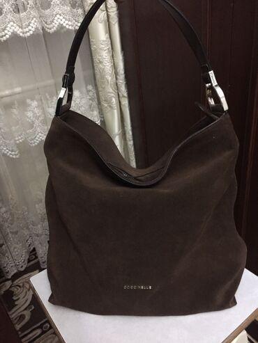 Продается новая, замшевая сумка Coccinelli (Италия), имеется длинный р