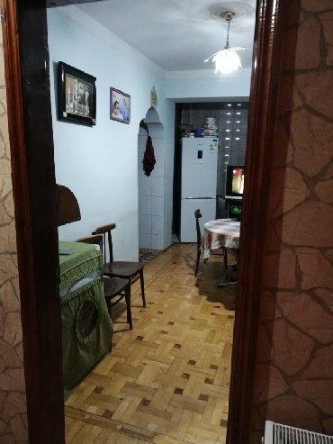 3 otaqli menzil - Azərbaycan: Mənzil satılır: 4 otaqlı, 105 kv. m