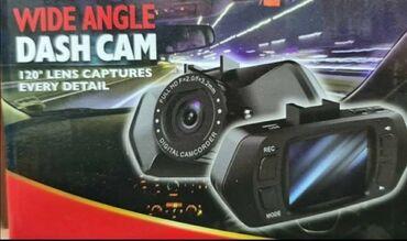 Nova auto kamera sa držačem za staklo. Displej: 2'' 4:3 TFT LCD