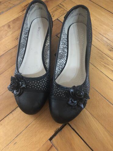 Ženska obuća | Kula: Zenske baletanke na malu petu, br 41, kao nove!