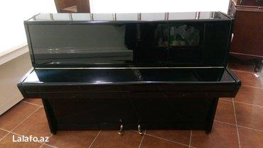 Bakı şəhərində Qara rengde petrof pianosu - kompakt ölçülüdür. Geniş seslenme