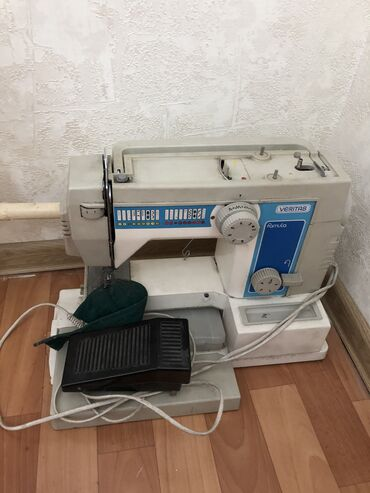 shvejnaja mashinka veritas nemeckaja в Кыргызстан: Электрическая швейная машинка б/у, в нерабочем состоянии Veritas, не