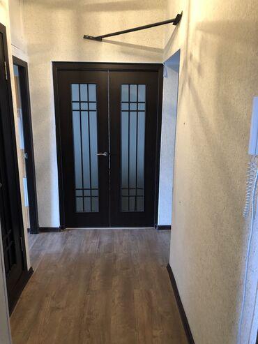 Продажа квартир - 3 комнаты - Бишкек: 105 серия, 3 комнаты, 62 кв. м Бронированные двери, Без мебели, Не затапливалась