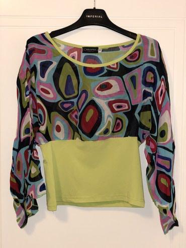 Šarena bluza, u M veličini (elastin, pamuk, poliester). Kao nova, - Kragujevac