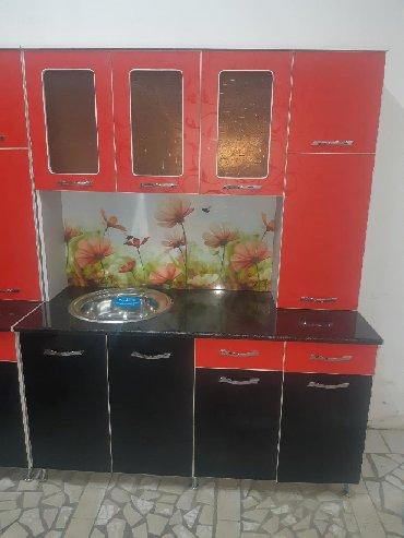 мойка-со-шкафом в Кыргызстан: Продаю кухонный гарнитур 1,50см с мойка 11000 без мойка 10000 доставка