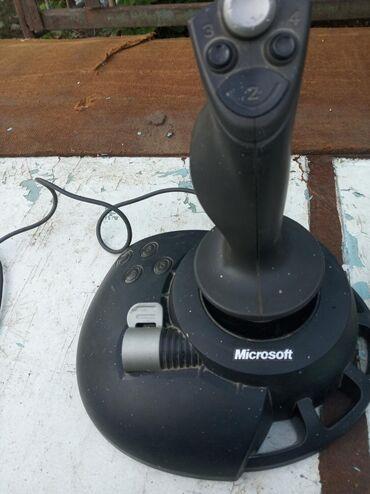 Surface 2 microsoft - Кыргызстан: Игровой джойстик от Microsoft Для компьютера и приставок 5v