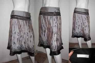 Zenski stofani vuneni mantic tsmno braon - Srbija: Prelepa braon suknja