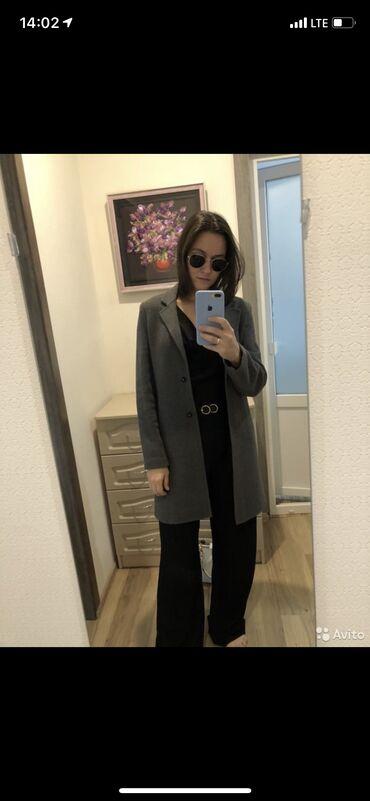 Пальто Zara из шерсти, Размер 42-44. Качество отличное, состояние