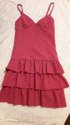 Veoma lepa crvena haljina, velicina M, bez ostecenja, kupljena u - Pozarevac