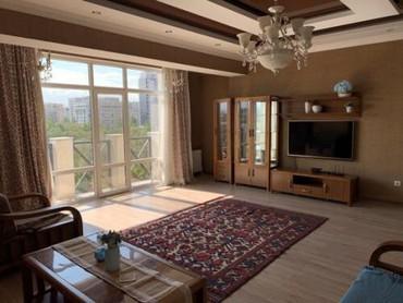 Эркиндик - Кыргызстан: Батир берилет: 4 бөлмө, 160 кв. м, Бишкек