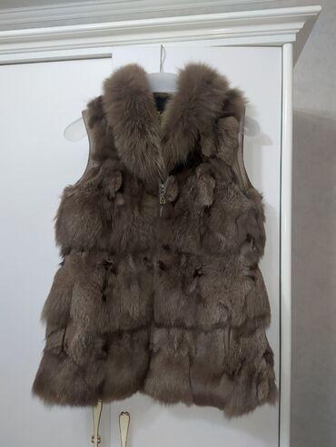 Жилетка мех бобра, несколько раз носили,почти новое. Стоимость