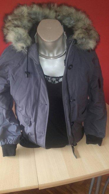 Nova, prelepa, topla jakna, sa nežnim krznom oko kapuljače... - Zrenjanin