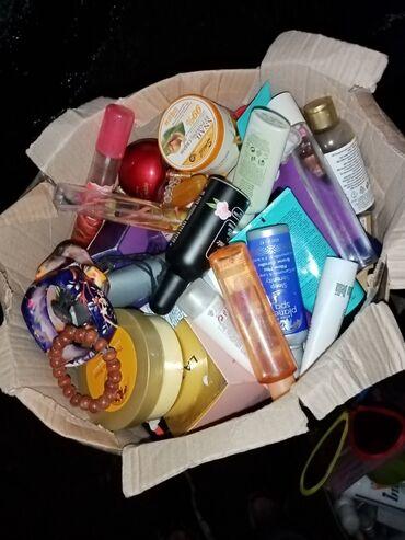 Prodaja kozmetike - Srbija: Prodem kozmetiku jako po olje o zbog selidbe. Ima svasta nesto novo