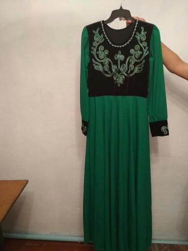 вечерние платья для полных дам в Кыргызстан: Продаю новое кыргызское платье натуральный бархат, шифон размер не