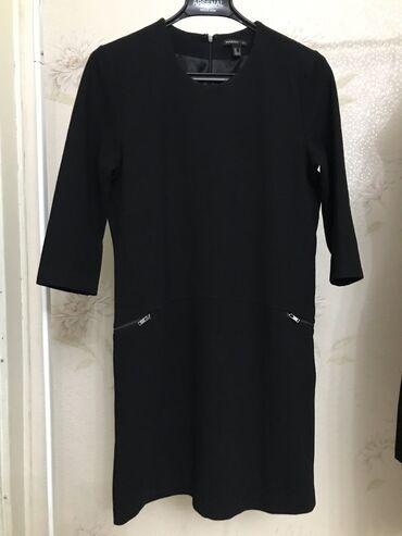 черное до колен платье в Кыргызстан: Платье mango выше колен, размер М