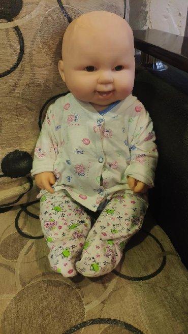 - Azərbaycan: Baby Doll-Boy teze kimi karobkasi tekce yoxdu. Esl usaq kimi
