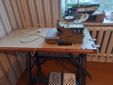 машина оверлок цена in Кыргызстан   ШВЕЙНЫЕ МАШИНЫ: Аверлок швейная машинка продаю срочно цена Договорная