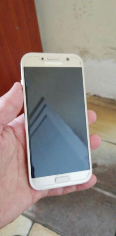 Samsung galaxsi - Azərbaycan: İşlənmiş Samsung Galaxy A5 2017 32 GB qızılı