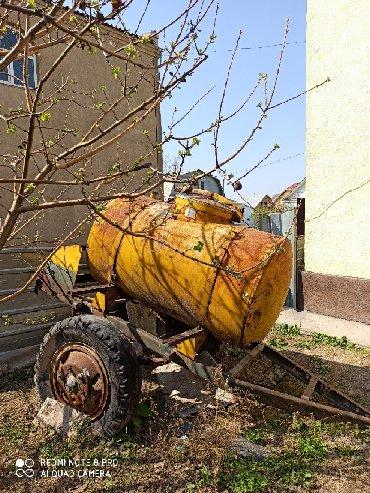 Цистерну на 10 тонн - Кыргызстан: Продаю цистерну 900 литров термос! На колесах!