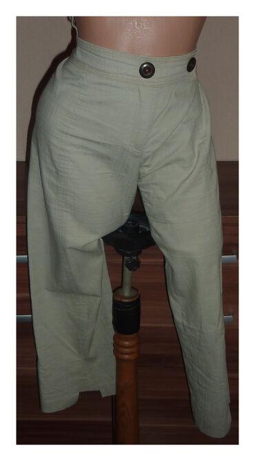 LUNA LEP MODEL KRACIH PANTALONA VEL 42struk 42cmbokovi 54cmdubina