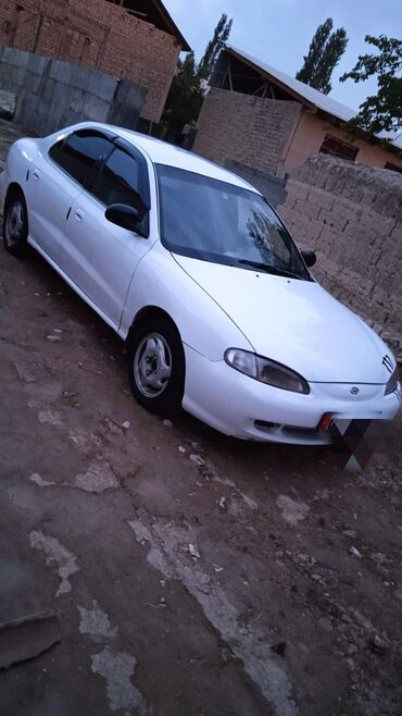Транспорт - Кадамжай: Hyundai Elantra 1.5 л. 1996   333333 км