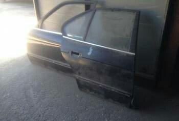 BMW E34 передний и задний дверь правая в Кок-Ой