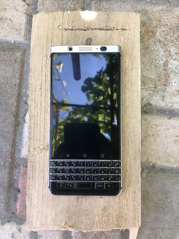 blackberry 7730 - Azərbaycan: Salam telefon yaxwi veziyetdedi qiymat sonudu barmaqizi zadi her seyi