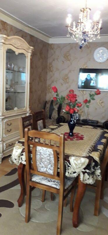 - Azərbaycan: Mənzil satılır: 2 otaqlı, 100 kv. m