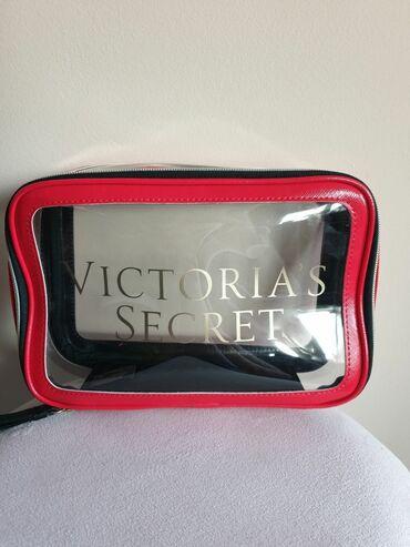 Pantalone vic secret - Srbija: Victoria's secret neseser Dimenzije imate na poslednjim slikama