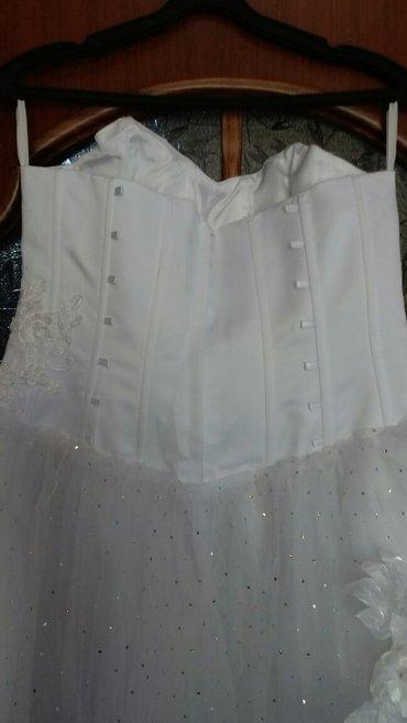 платья корсеты в Кыргызстан: Свадебное платье чисто белого цвета. Размер 46-50(регулируется