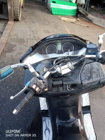 Макси скутер, Сузуки скайвэй, объем 250,только из Японии, год 2011