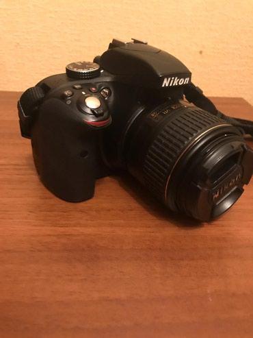 Bakı şəhərində Nikon d3300 18-55 obyektiv+qrip. Hec bir problemi yoxdur. Real