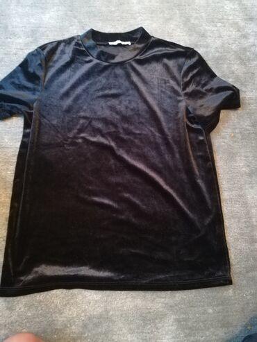 Posao od kuce - Srbija: Majica je crna, na slici se ne vidi najbolje, od plisa je. Saljem post
