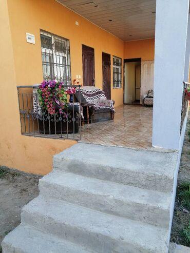 Ev satılır 40 kv. m, 2 otaqlı, Bələdiyyə