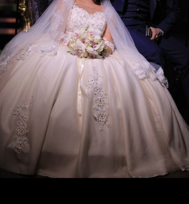Сдаю свадебное платье на прокат) в Бишкек