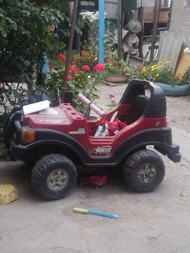 Детские электрокары - Кыргызстан: Продаю детскую машину электроника не работает моторчик стоит